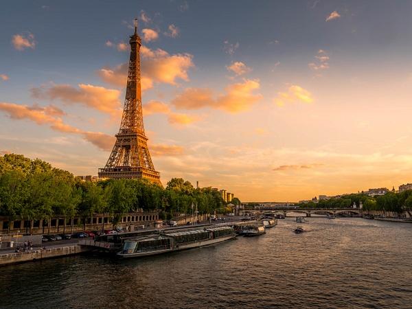 Eiffel Tower July 2020 -2-2 by Serge Ramelli
