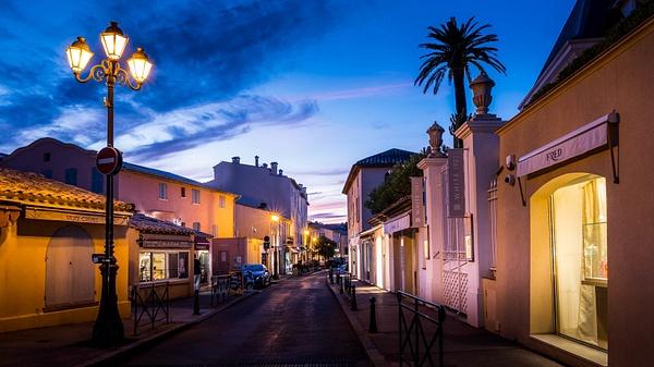 Street Saint Tropew by Serge Ramelli