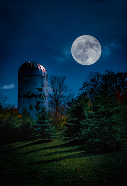 Blue Moon Silo - Landscapes - Dee Potter Photography