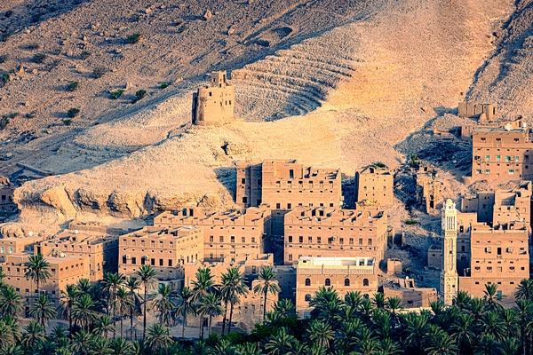 Mud village in Yemen desert - Special: Namibia - Garth Fuchs Photography