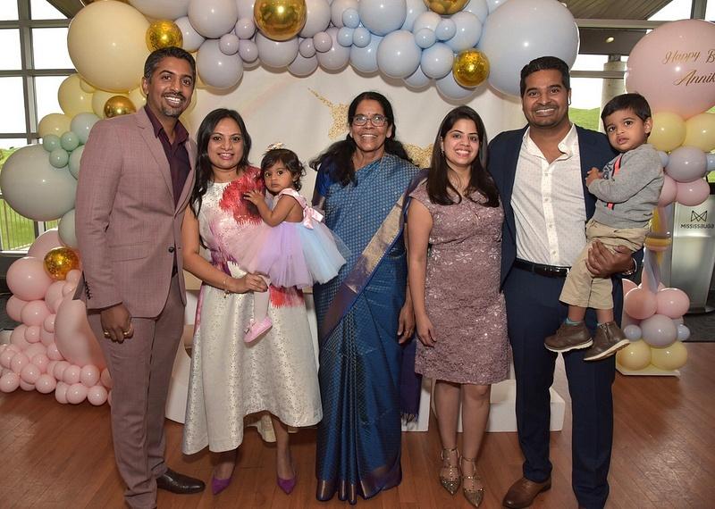manish-indian-family