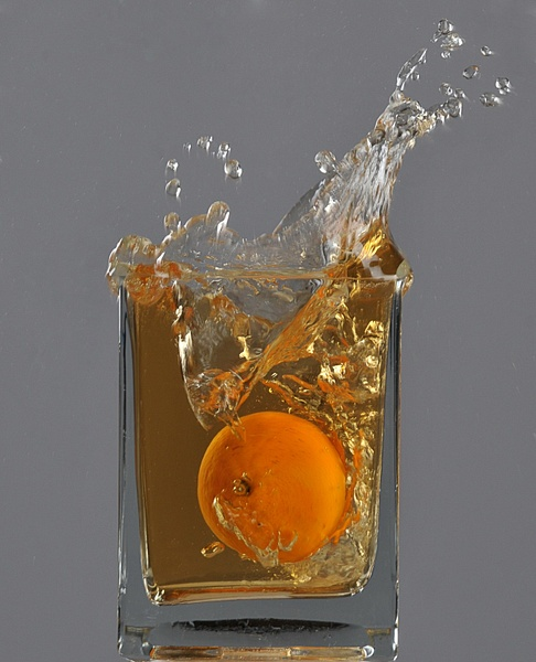 Liquid-Glass_Orange - High Quality Product Photography by Luminous Light Photography Toronto