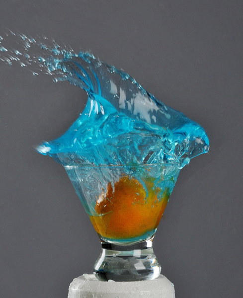 Liquid-Splash-Blue - High Quality Product Photography by Luminous Light Photography Toronto