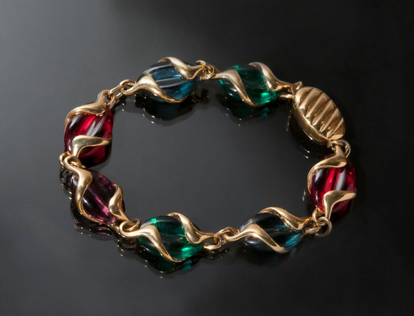 Multi-Colour-Bracelett - High Quality Product Photography by Luminous Light Photography Toronto