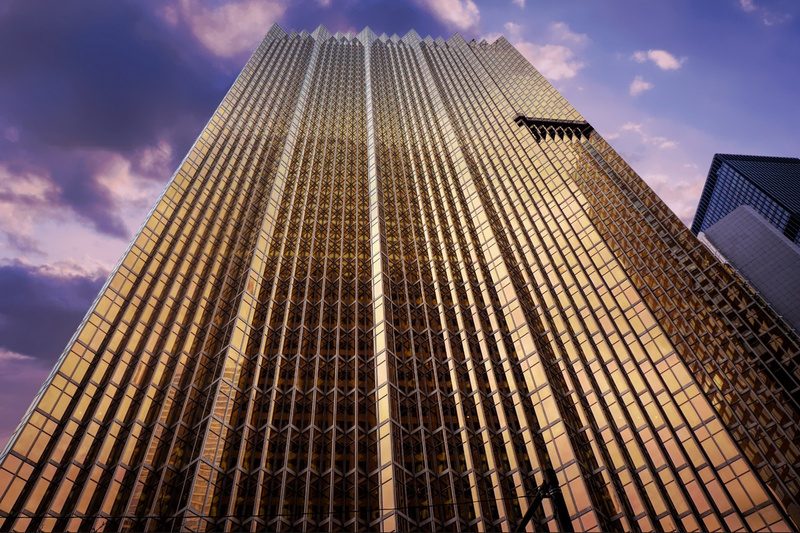 Gold-Tower-Bank