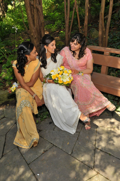 AMNR-Indian-Wedding-Bridesmaids - Luminous Light Photo offers Wedding Photography and Video packages