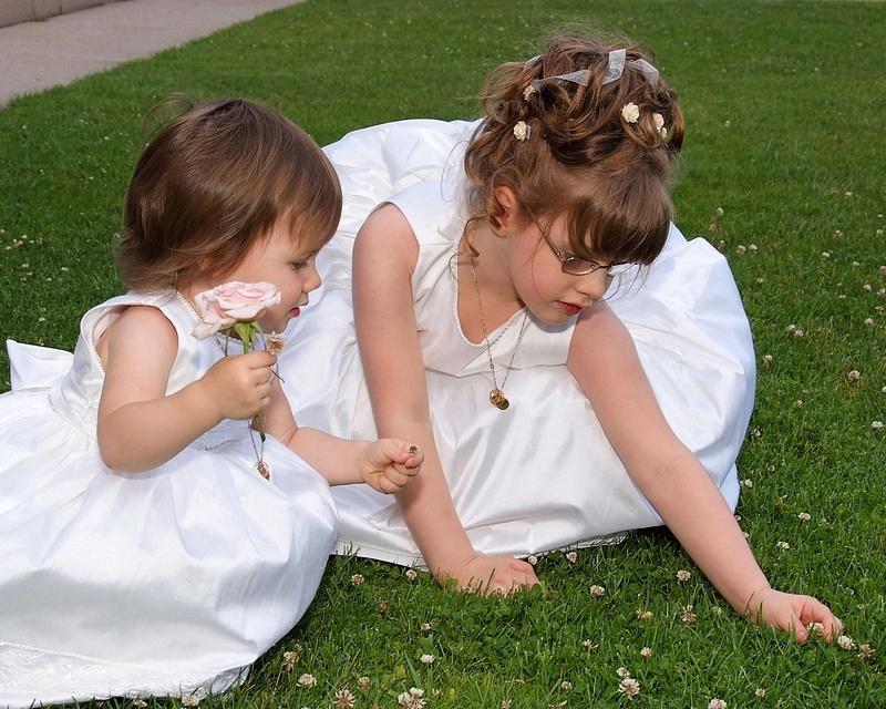 Children-Wedding-Flowergirl