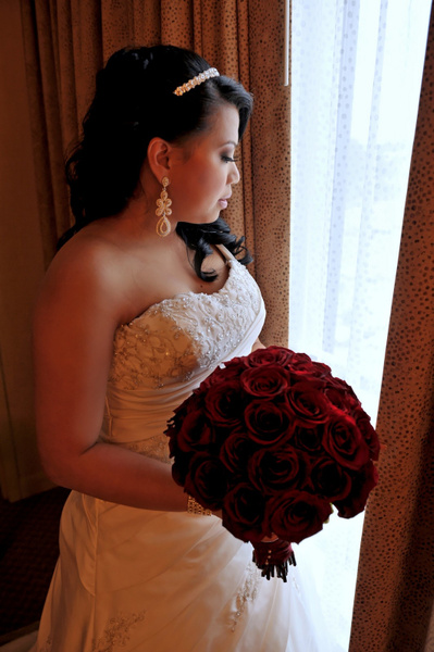 IOMD-Bride-Window - Luminous Light Photo offers Wedding Photography and Video packages