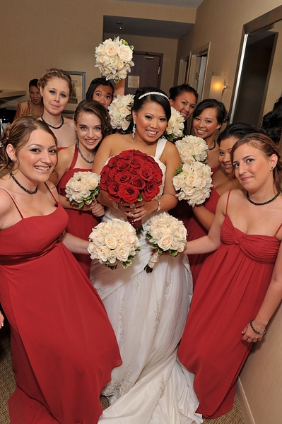 IOMD-Bridesmaids-Hotel - Luminous Light Photo offers Wedding Photography and Video packages