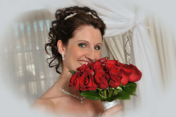 MA-Bride-Flowers - Luminous Light Photo offers Wedding Photography and Video packages