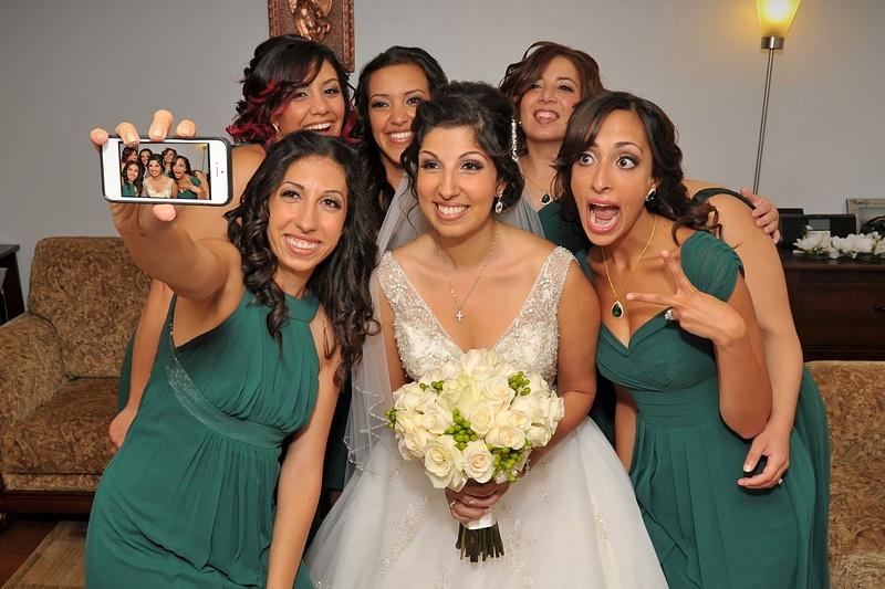 MTRF-Bridesmaids-Selfy