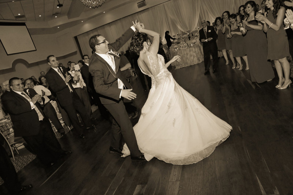 MTRF-Bride-Groom-Dance - Luminous Light Photo offers Wedding Photography and Video packages