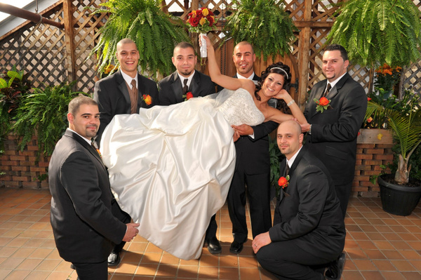 SM-Bride-Groomsmen - Luminous Light Photo offers Wedding Photography and Video packages