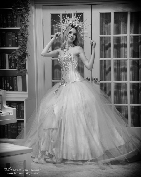 Alyssa-Monchrome-Model - Model and Actor Portfolio Photography by Luminous Light Photo