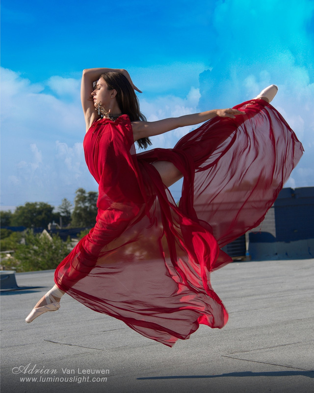 Ballerina-Outdoors-Leap