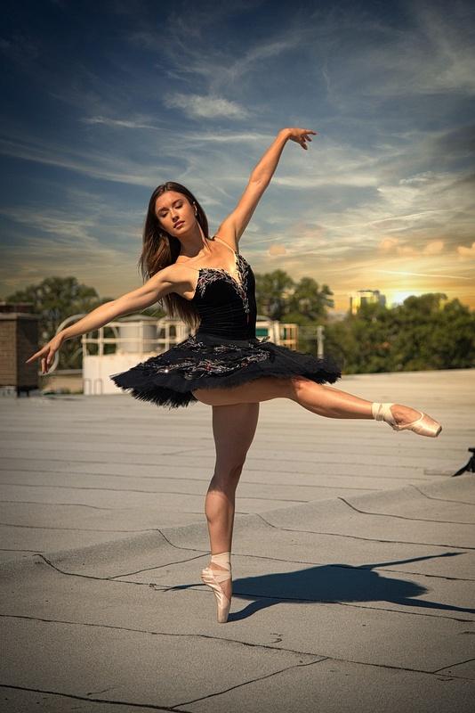 Ballerina-Rooftop-Sunset