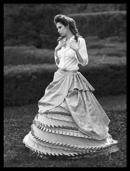 Starla-Monochrome-Model-Vintage - Model and Actor Portfolio Photography by Luminous Light Photo