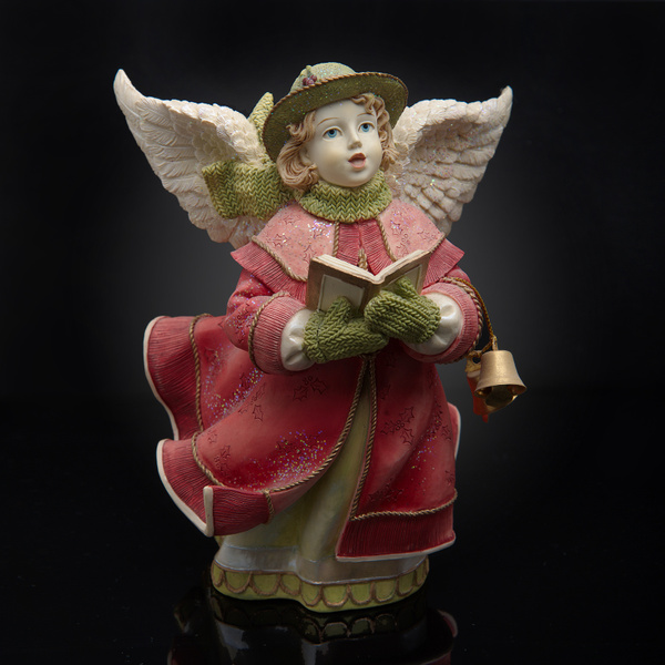 Angel-Statue-Black - High Quality Product Photography by Luminous Light Photography Toronto