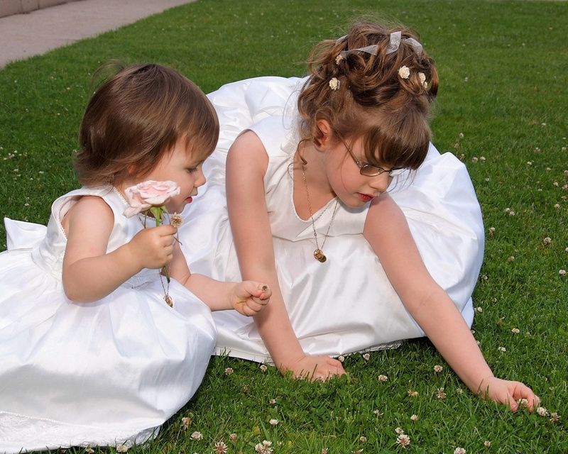 children-picking-flowers