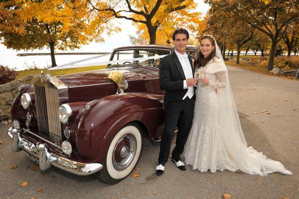 DNKK-wedding-vintage-car - Toronto photography video and graphic design