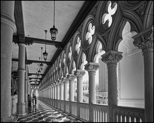 Venetian-Vegas-Corridor-BW - Architecture - Luminous Light Photography