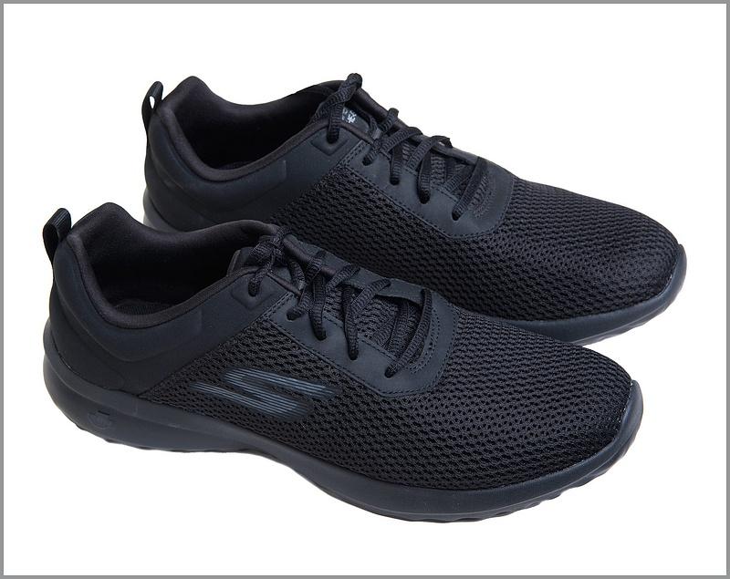 Black-Running-Shoes-B