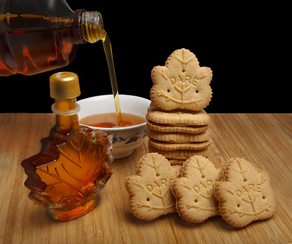 Dare-Cookies-Maple - High Quality Product Photography by Luminous Light Photography Toronto