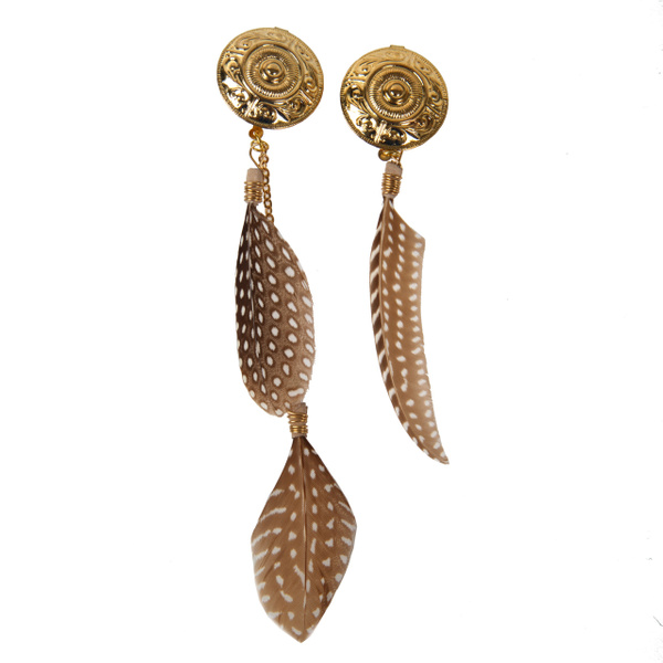 Feather-Earrings - High Quality Product Photography by Luminous Light Photography Toronto