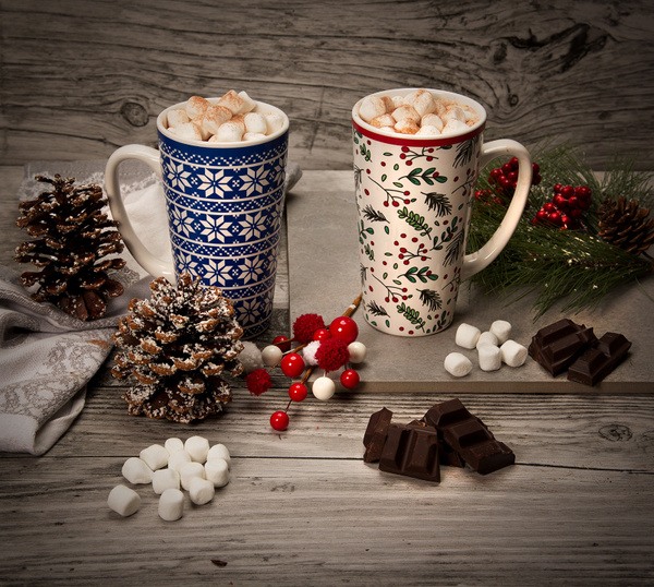 Chocolate-Drink-Mugs-Gift - High Quality Product Photography by Luminous Light Photography Toronto