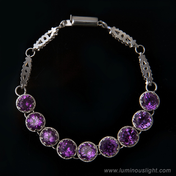 Jewelly-Amethyst_Bracelet by LuminousLight