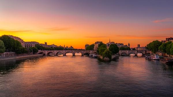 Paris-Pont-neuf-sunrise - Cityscapes - Thomas Speck Photography