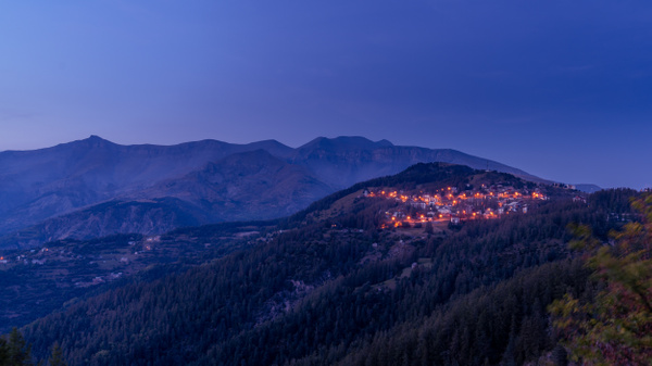 Valberg-Le Var-Blue Hour-Citylights-Mountains - Landscapes - Thomas Speck Photography