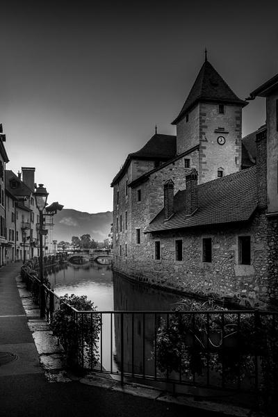 Annecy-Le Thiou-BW - Black White - Thomas Speck Photography
