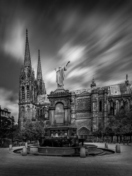 Clermont Ferrand-Cathédrale Notre Dame de l'Assomption-France - Black White - Thomas Speck Photography