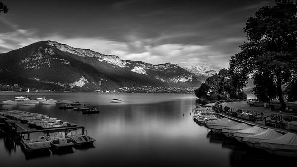 Annecy-Pont des Amours-Le port - Black White - Thomas Speck Photography