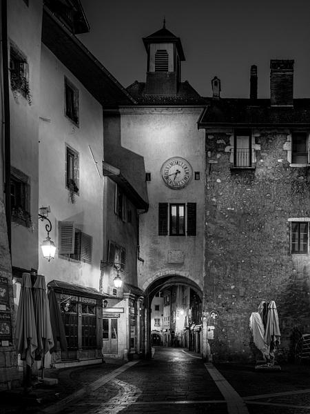 Annecy-Rue Sainte Claire-Côte Saint Maurice - Black White - Thomas Speck Photography