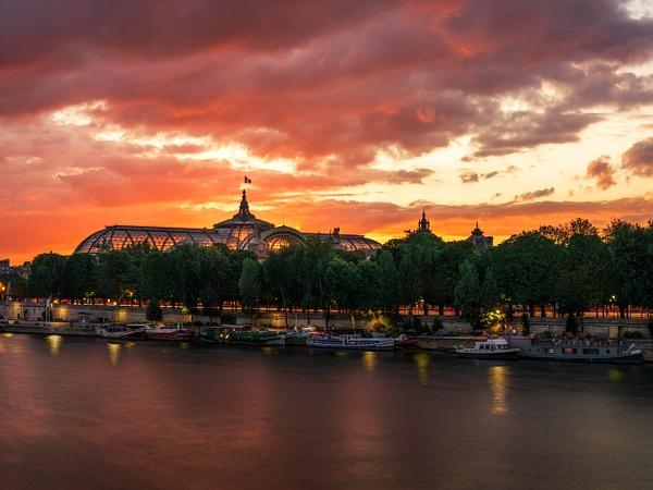 Paris-Grand Palais-Sunset-Colorful-Seine River-France - Paris - Thomas Speck Photography
