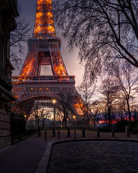 Paris-Eiffel Tower-Sunset-Niight-Rue de l'universite - Home - Thomas Speck Photography