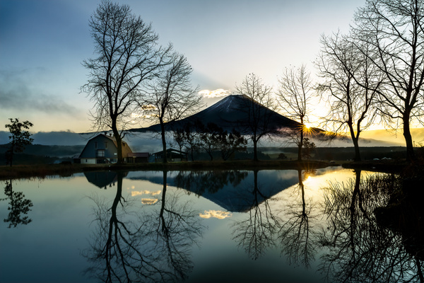 fuji sunrise-1 - Japan in Autumn - Kirit Vora Photography