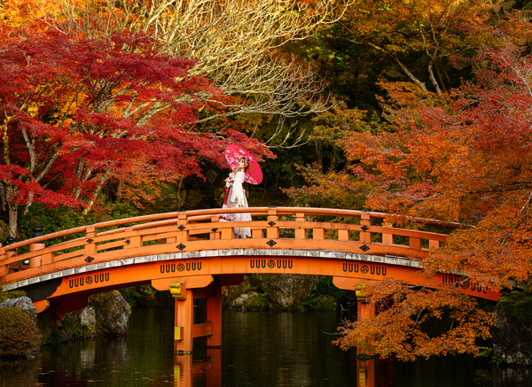 girl-1 - Japan in Autumn - Kirit Vora Photography