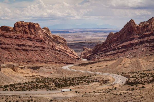 Southwest Canyon Lands by Richard Isenhart