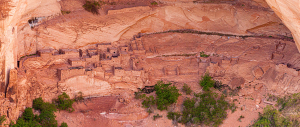 Navajo Nat Monument by Richard Isenhart