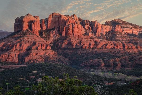 Sedona Red Rock Mountain.jpg by Richard Isenhart