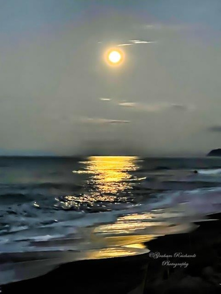Moonrise reflects on ocean at Pukehina NZ - NZ Scenery - Graham Reichardt Photography