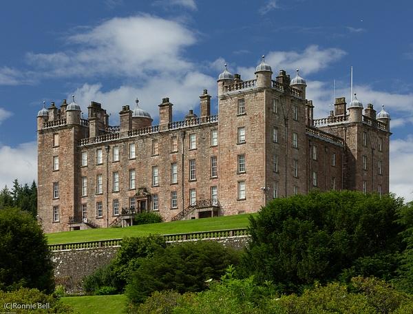 Drumlangrig Castle - Castles and Landscapes - Ronald Bell