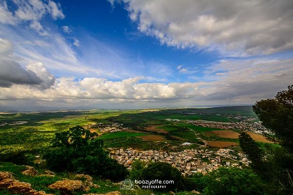 Tavor Shvil Israel mountain view 2 - Home - Boaz Yoffe