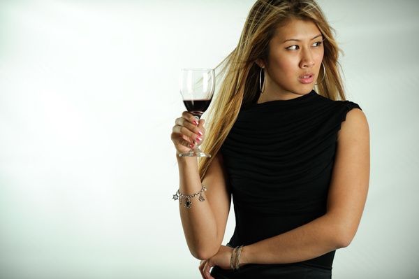 Chinh wine ad - Commercial - Keith Ibsen Photography