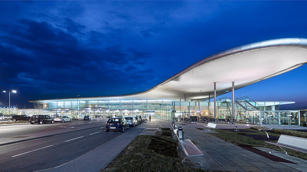 Flughafen Graz - Architectural photography -Delfino photography