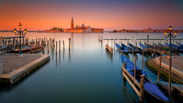 Sunrise over Venice - Urban landscapes - Delfino Photography
