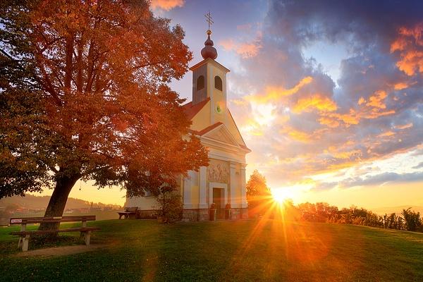 Theresienkapelle Steiermark Sonnenaufgang - Landscape photographyDelfino photography